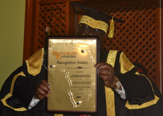Above: His Excellency Arthur Peter Mutharika, State President of the Republic of Malawi crowned Champion for Higher Education in Africa.