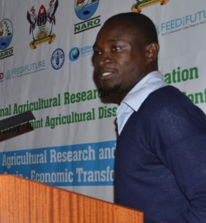Above: Mensah Emmanuel during his presentation at the NAROMAK conference, 2016